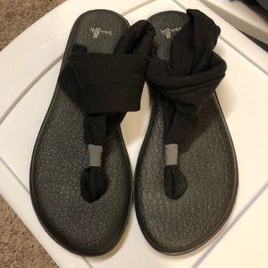 Sanuk yoga mat sandals size 8